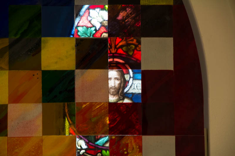 Die im Herbst 2013 künstlerisch neu gestaltete Osterkapelle der Pfarrkirche Gersthof, Wien 18 (Österreich)