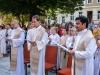 Messe mit Danksagung für Norbert Rodt als Pfarrer von Gersthof-St.Leopold für 44 Jahre -Pfarrer P. Arkadiusz Zakreta, Dr. Roland Schwarz, Suresh Kumar Remalli (li-re)